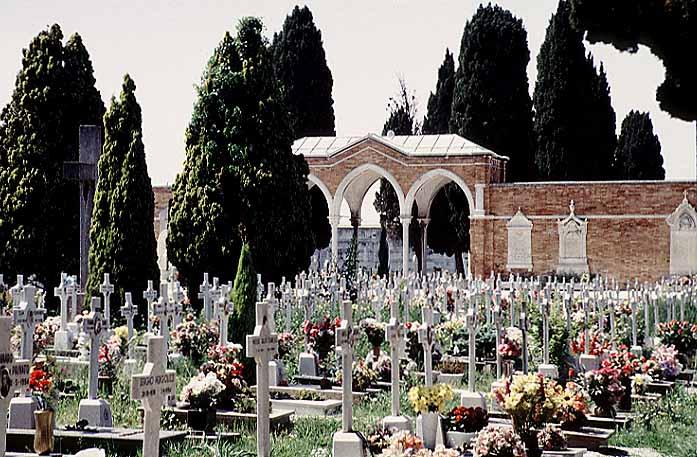 [Image: venice_san_michele_cemetery_2_col.jpg]