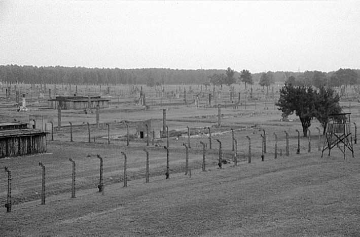 auschwitz the overview of a concentration Auschwitz, also known as auschwitz-birkenau, opened in 1940 and was the largest of the nazi concentration and death camps located in southern poland, auschwitz initially served as a detention center for political prisoners.
